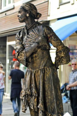 living statue arnhem