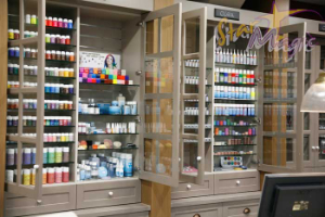 Make-up en grime winkel in Limburg, Zuid Nederland